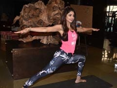 Shilpa Shetty's Yoga <I>Asanas</i> Go Viral And It's Not Even Yoga Day Yet