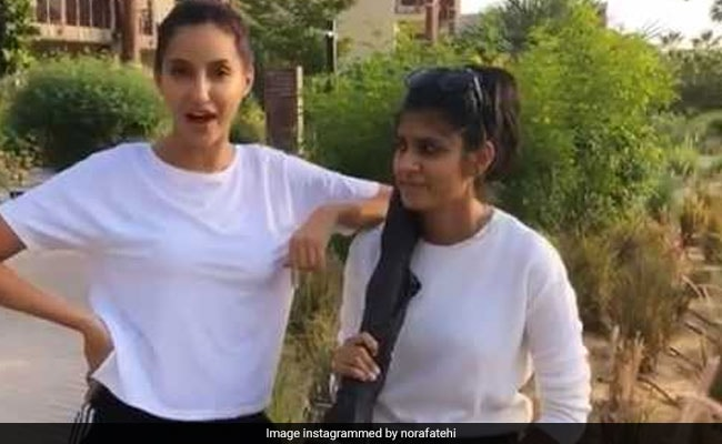 Dude did not stop himself in the desert wearing sweater, Nora Fatehi, did something like - Video happened Viral