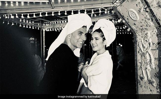 Such A Happy Pic Of Katrina Kaif And Akshay Kumar From Sooryavanshi Sets