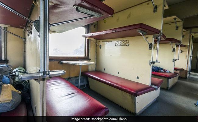 39 ट्रेनों में दी जाएगी चंपी और मालिश की सुविधा, 300 रुपये में होगी 20 मिनट तक मालिश