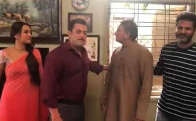 सलमान खान की 'दबंग 3' के लिए 'प्रजापति पांडे' की खोज हुई खत्म, विनोद खन्ना के भाई निभाएंगे किरदार