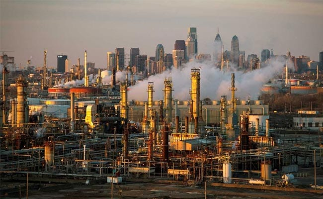 Chinese, Indian, Japanese and South Korean refineries cut their utilization rates from July and August