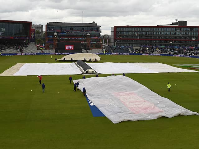 World Cup 2019, India vs Pakistan Manchester Weather Update: Rain Plays Hide And Seek