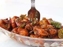 Hosting A Party This Weekend? This Delish Chilli Paneer Recipe Is Sure To Steal The Show (Video)