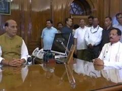 राजनाथ सिंह ने संभाला रक्षा मंत्रालय का कामकाज, सामने हैं ये बड़ी चुनौतियां
