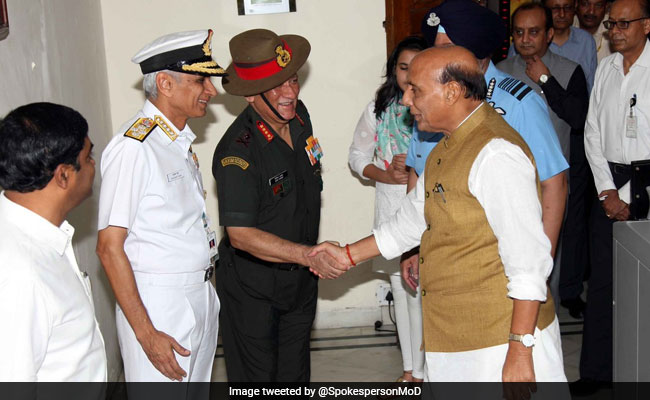 Rajnath Singh Takes Charge As Defence Minister; Meets Service Chiefs