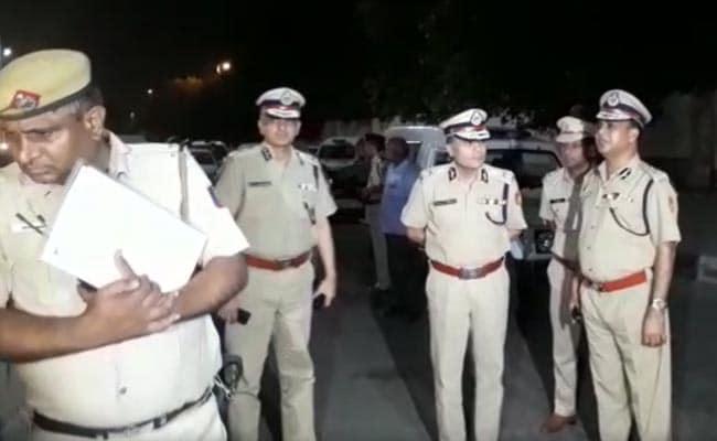 दार्जीलिंग की रहने वाली महिला और उसके दोस्तों के साथ मारपीट, दो गिरफ्तार