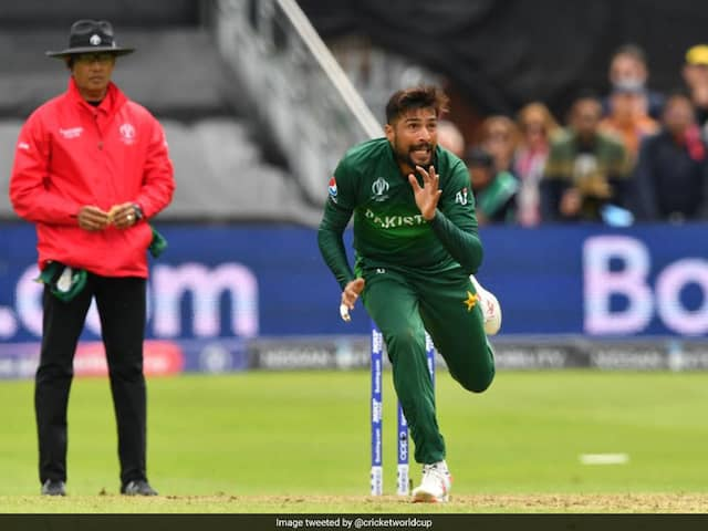 World Cup, India vs Pakistan: Mohammad Amir, Wahab Riaz Warned Twice For Running On Pitch