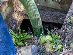 गुजरात: होटल के सेप्टिक टैंक की सफाई कर रहे 4 सफाईकर्मियों समेत 7 की मौत