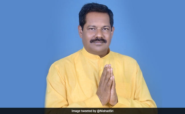 """Bihar Lawmaker Admits To """"Small Mistakes"""" In Fight Against Encephalitis"""