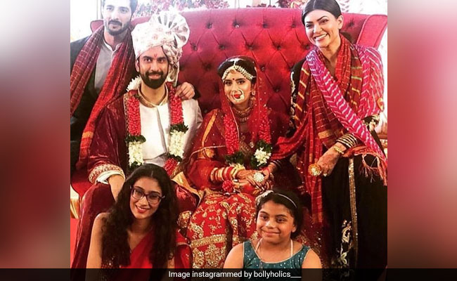 Pics From Charu Asopa And Rajeev Sen's Goa Wedding. Baraat Included Sushmita, Daughters And Rohman Shawl