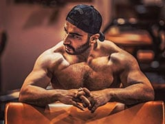 Arjun Kapoor's Shirtless Pic Is Making Malaika Arora, Ananya Panday And The Rest Of Instagram Swoon