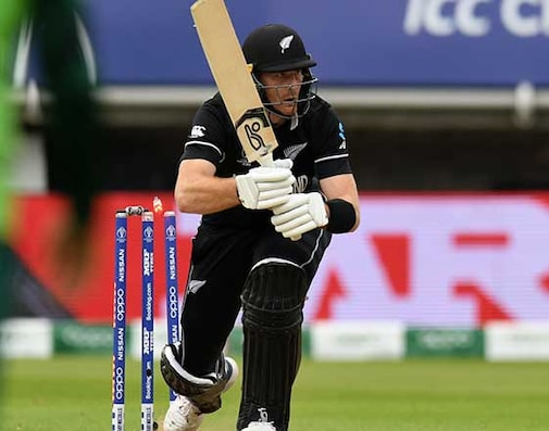 Watch: Martin Guptill Loses Balance, Hits Wicket In Match vs South Africa