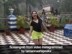 मुंबई की बारिश देख खुद को नहीं रोक पाईं 'बाहुबली' की एक्ट्रेस, रेन डांस का वीडियो हुआ वायरल