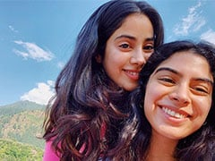 Janhvi Kapoor And Sister Khushi Chilling In The Hills Are Having A Better Time Than Us