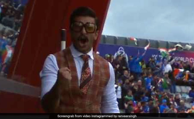 Much Ranveer Singh At India Vs Pakistan, Such Wow. Arjun Kapoor Calls Him 'Best Player Off Pitch