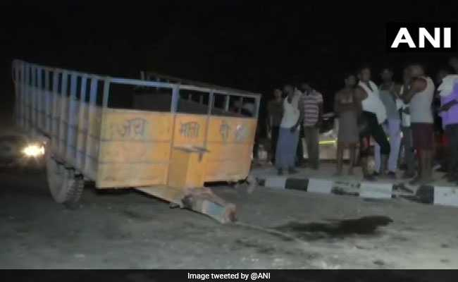 6 Killed, Several Injured As Tanker Rams Tractor-Trolley In UP's Sitapur