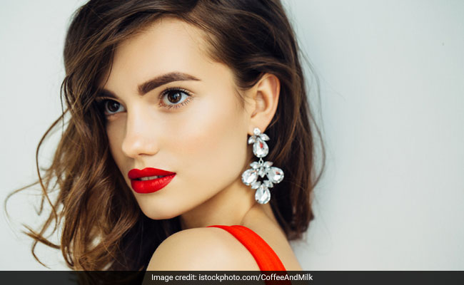 9 Gorgeous Drop Earrings To Amp Up Your Party Looks