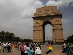 Delhi Records 7.1 Degrees, Weather Department Predicts Cloudy Skies