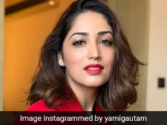 Yami Gautam Was Overwhelmed When Chinese Fans Sang For Her At <i>Kaabil</i> Premiere
