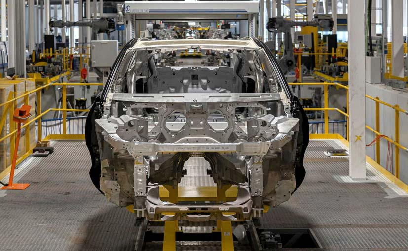 Aston Martin To Shed Upto 500 Jobs In Cost Cutting Drive