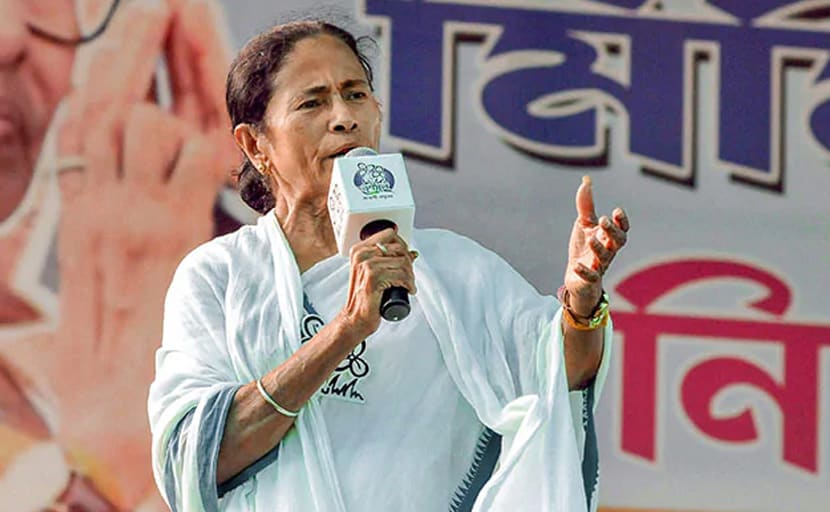 पश्चिम बंगाल: डॉक्टरों ने नहीं माना ममता बनर्जी का अल्टीमेटम, कहा- मांग पूरी होने तक हड़ताल जारी रहेगी