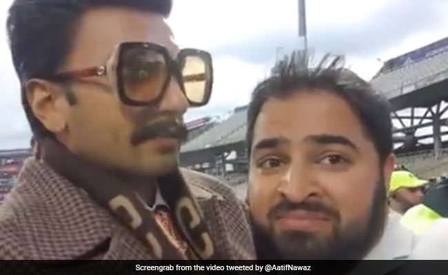 Viral: When Ranveer Singh Hugged A Pakistani Fan After India's Win