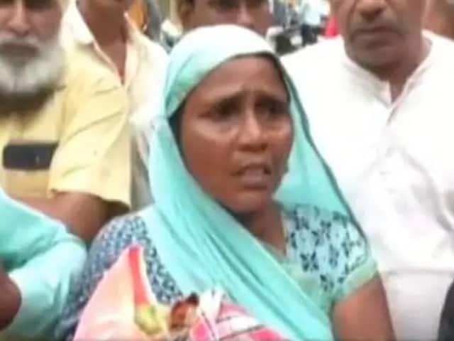 Video : உத்திர பிரதேச மருத்துவமனையில், மருத்துவர்கள் அஜாக்கிரதையால் இறந்தபோன குழந்தை