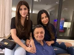 Pakistani Actress Mawra Hocane Meets Rishi Kapoor In New York; 'Sweet Of Them To Visit', He Tweets