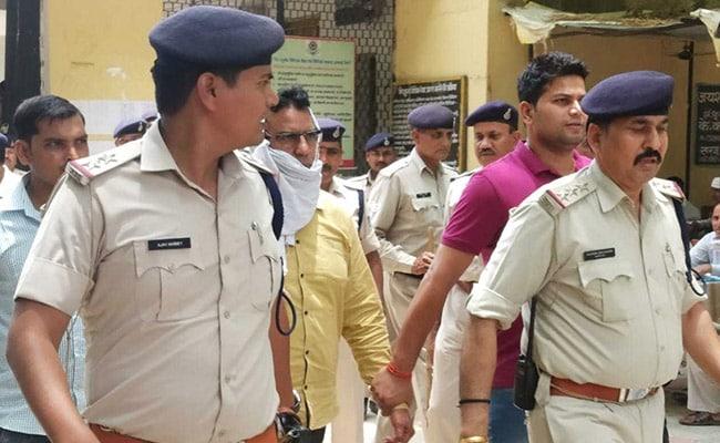 कॉलेज प्रिंसिपल के देवी सरस्वती पर अपमानजनक कमेंट पर बवाल, वीडियो वायरल; आरोपी गिरफ्तार