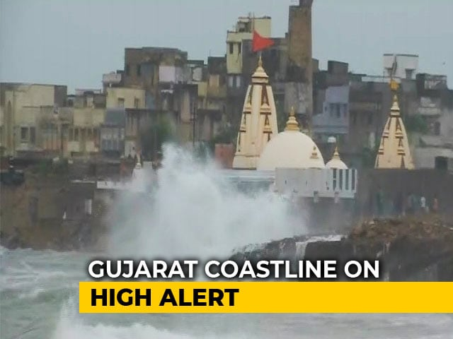 Video : 3 Lakh Evacuated, 70 Trains Cancelled As Gujarat Braces For Cyclone Vayu