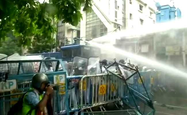 After Clash At BJP's Kolkata Rally, Governor Plans Round-Table: 10 Points