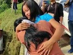 बेटी को सलाम: पिता के अंतिम संस्कार से ज्यादा जरूरी समझा देश के लिए खेलना, फाइनल जीतकर लौटी तो मां ने लगाया गले