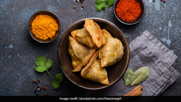 Monsoon Diet Tips: These 5 Protein-Rich Snacks Are Ideal For Rainy Evenings