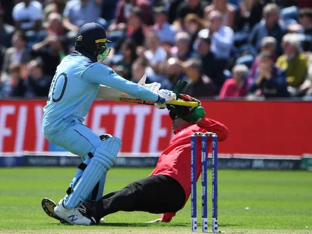 """Watch: Jason Roy Finds """"Unusual Way To Celebrate 100"""" Against Bangladesh"""