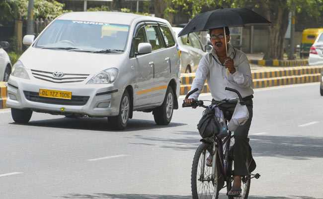 Delhi Sees Sultry Day, With Rain Expected On Tuesday
