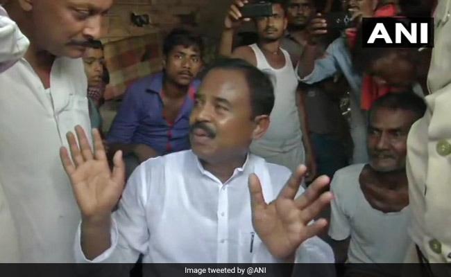 Bihar Villagers Shoo Away Lawmaker For Not Helping Encephalitis Victims