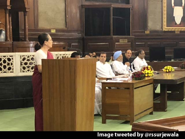Video : Sonia Gandhi Elected Leader Of New Congress Lawmakers