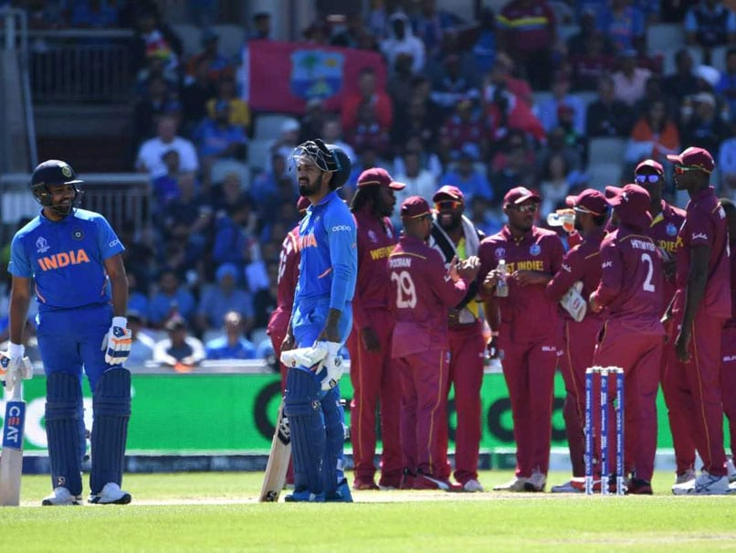 World Cup 2019: Controversial Rohit Sharma Decision Spurs Fan To Edit Umpire Michael Gough's Wikipedia Page