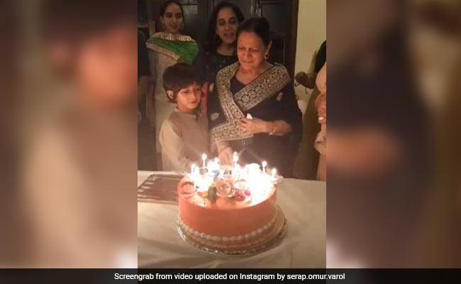 आमिर खान के बेटे आजाद और बेटी इरा ने यूं मनाया दादी का जन्मदिन, Video हुआ वायरल