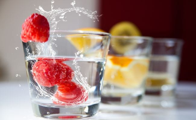 9 Stylish Glass Sets Under Rs 999 To Stock Up On