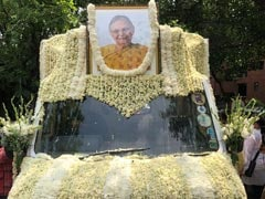 Sheila Dikshit Cremated With State Honours, Hundreds Present: Updates