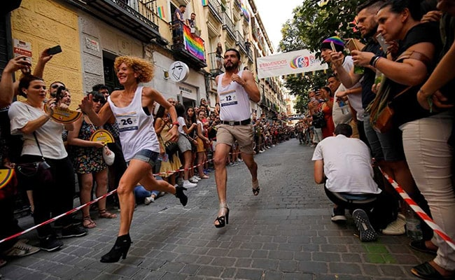 High Heels Race In Spain's Madrid Defies Gravity, Homophobia