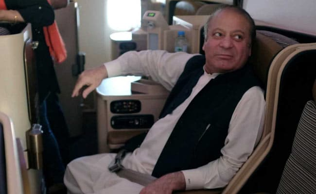 Pakistan sacks judge accused of 'blackmail' in ex-PM Sharif case