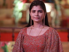 Chinmayi Sripaada Calls Out <I>Bigg Boss</I> Tamil After Contestant Claims He Groped Women On Buses