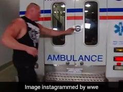 WWE: ब्रॉक लेस्नर ने एंबुलेंस रोककर इस घायल पहलवान की कर डाली ऐसी पिटाई, Video ने मचाई सनसनी