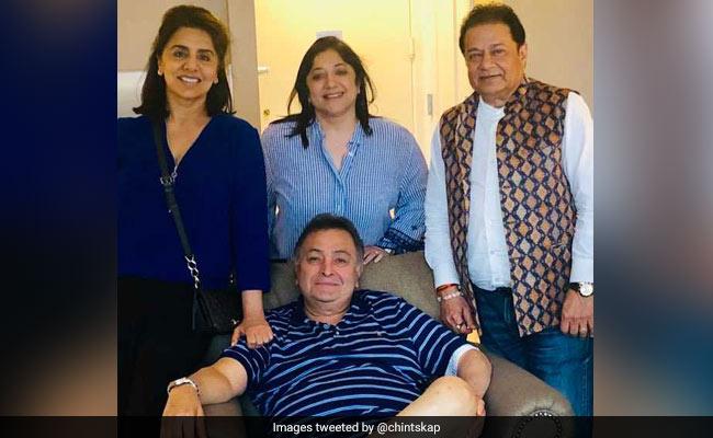 Rishi Kapoor And Neetu Kapoor Host Singer Anup Jalota In New York