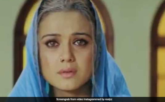 Preity Zinta Aced The FaceApp Challenge 15 Years Ago. Here?s How