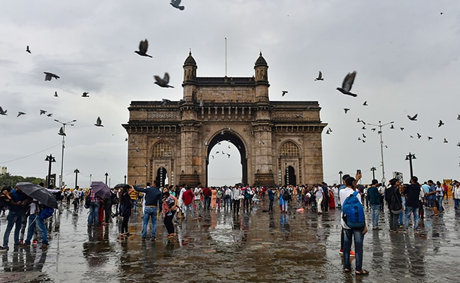 Mumbai And Its Neighbouring Areas Get Heavy Rain After A Dry Spell