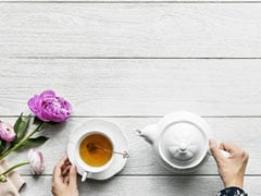5 Downsides Of Drinking Tea On An Empty Stomach